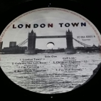 Side 1 label of Italy first pressing